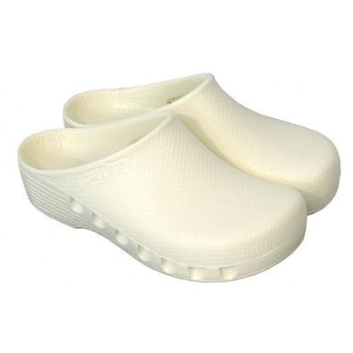 White unperforated surgical clogs Mediplog