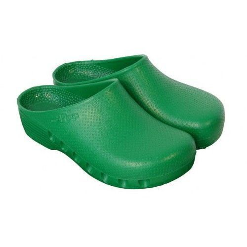 Green unperforated surgical clogs Mediplog